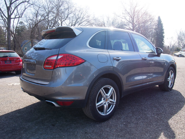 Certified Pre-Owned 2014 Porsche Cayenne